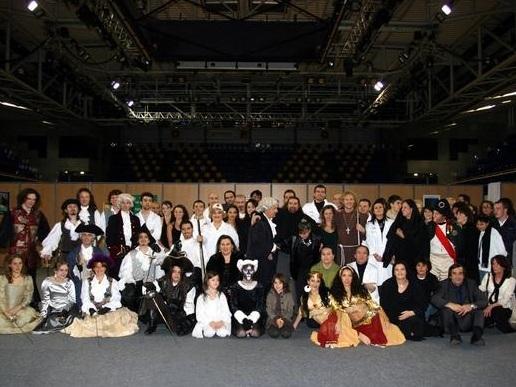 MAGA ETTORI - la troupe de la Révolution Corse au Palais des Sports
