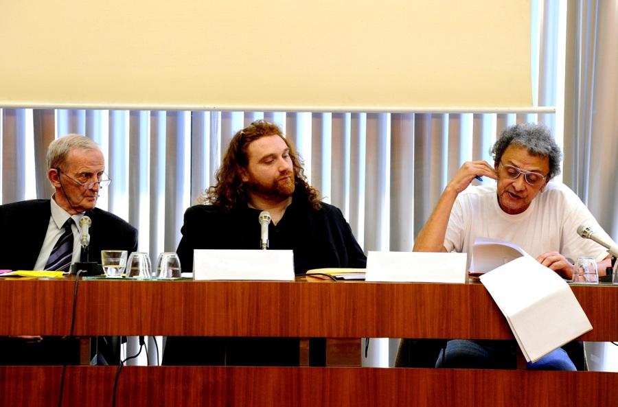 Modérateur pour l'Institut Régional du Cinéma et de l'Audiovisuel, à la Maison de l'UNESCO d'une table ronde sur la diversité culturelle dans le 7e art, dans le cadre du Festival International de la Diversité en présence de Jean-Michel Arnold (Cinémathèque de France), Robert Kechichian (réalisateur), Mouloud Mimoun (festival Maghreb des films), Edmond Simeoni (Conseiller Régional à l'Assemblée de Corse), Huong Tan (le carré de Chine)