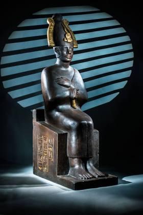 """statue originale de la Série """"Belphegor"""" de 1963"""